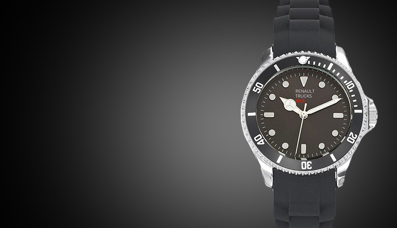 Montre sport acier avec bracelet silicone. Fabrication France, diamètre 44 mm étanche 5 ATM.